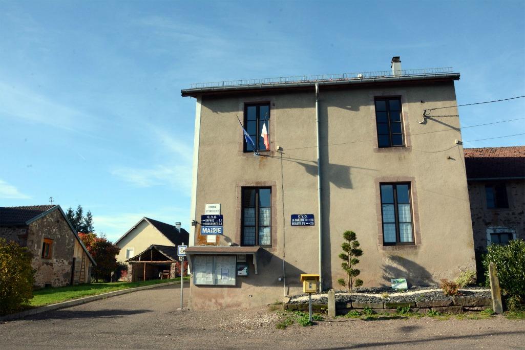 La mairie d'Emoulières