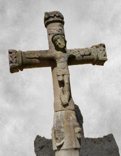 Croix au Christ de douleur
